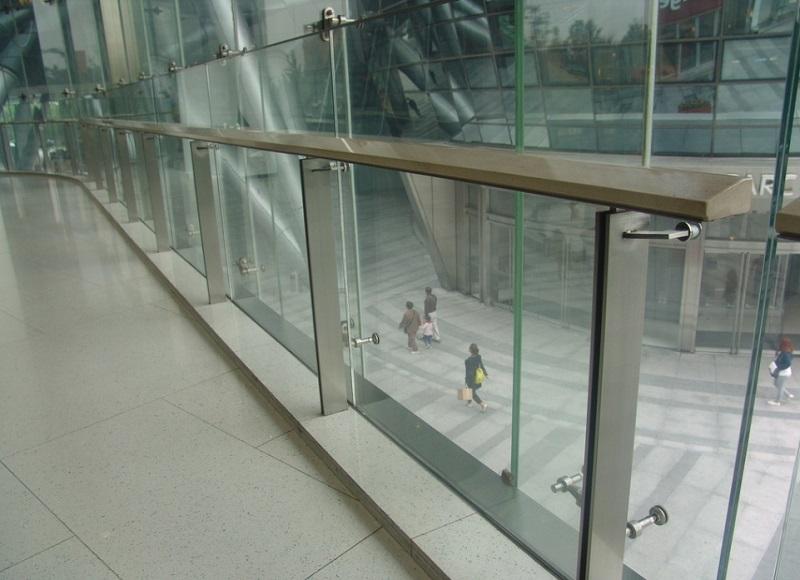 室内不锈钢玻璃护栏