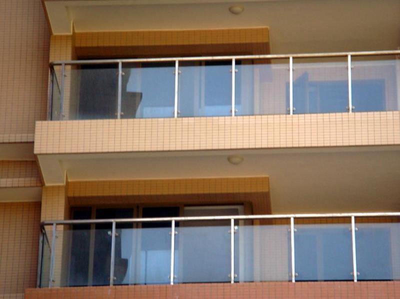阳台不锈钢玻璃护栏