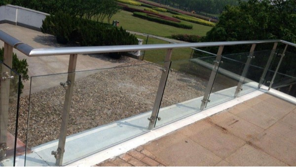 公园不锈钢玻璃栏