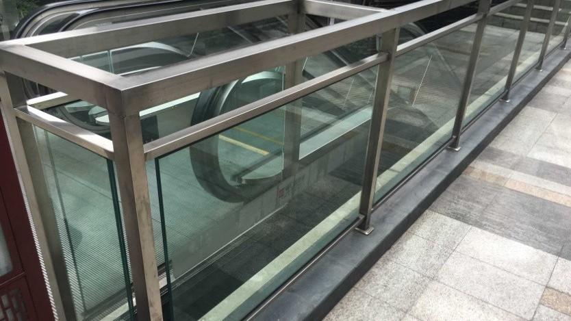 不锈钢胶夹玻璃栏杆