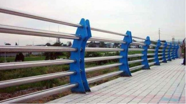不锈钢桥梁防护栏