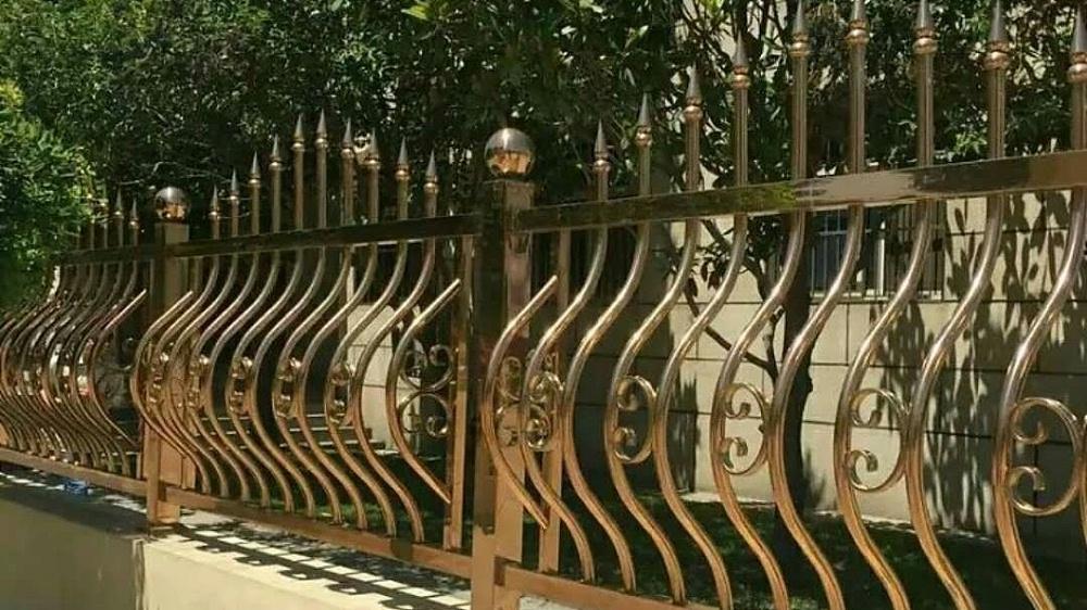 彩色不锈钢庭院安全护栏