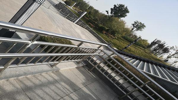 公园不锈钢护栏XSF-19-0033