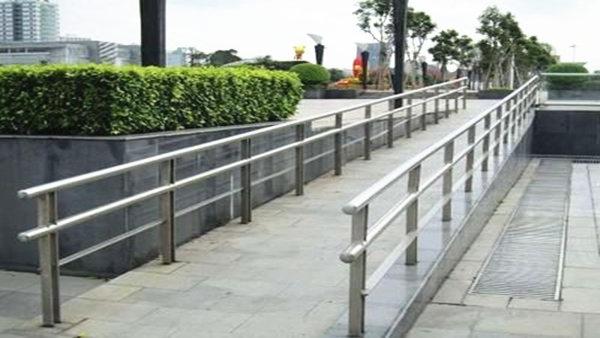 喜师傅公园不锈钢护栏