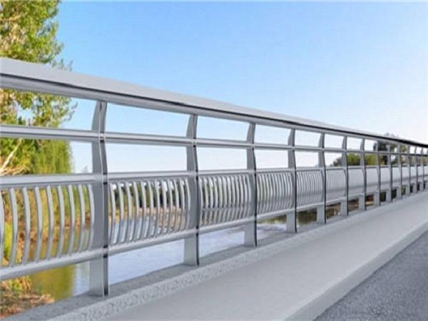 河流不锈钢安全护栏定制