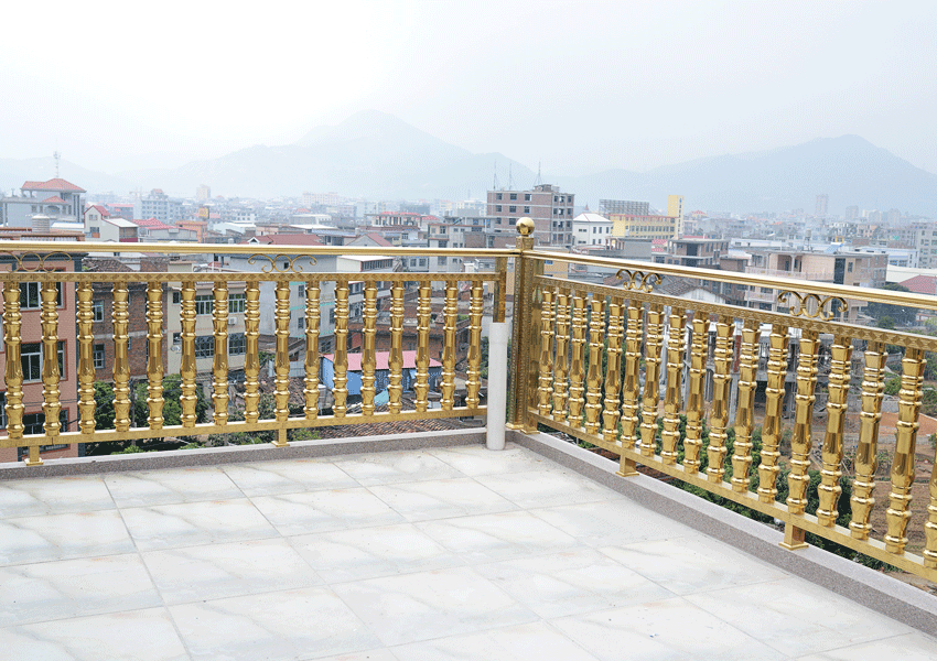 阳台不锈钢护栏这样做使用寿命更久!