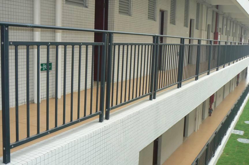 不锈钢护栏这样打理用百八十年不是问题!