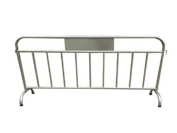 不锈钢铁马护栏
