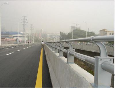 高速公路不锈钢护栏