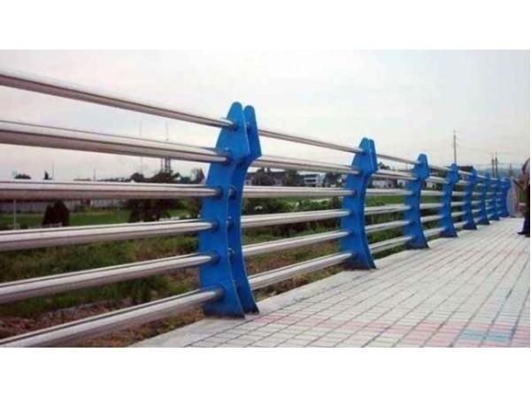 不锈钢桥梁护栏的优点有哪些?