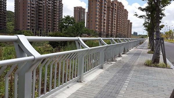 道路不锈钢护栏XSF-19-0005