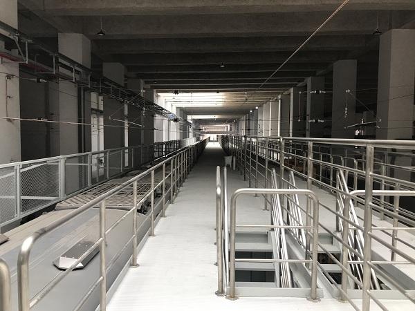 喜有沃深圳地铁304不锈钢管护栏项目