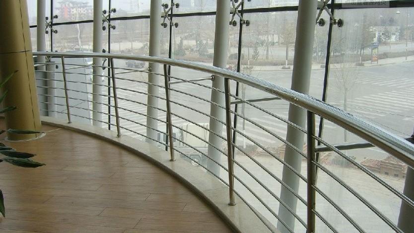 高铁站不锈钢室内护窗栏杆