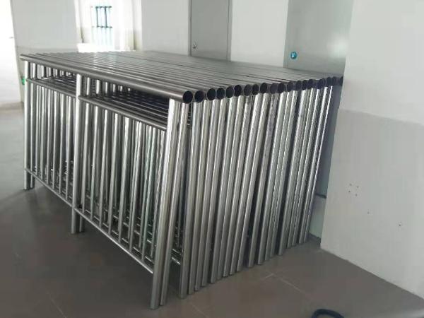 广州华立科技学院不锈钢护栏工程圆满完工