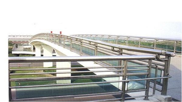 天桥不锈钢防护扶手