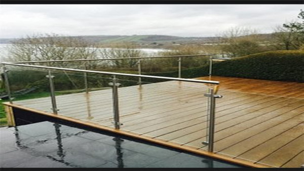 游泳池玻璃不锈钢栏杆