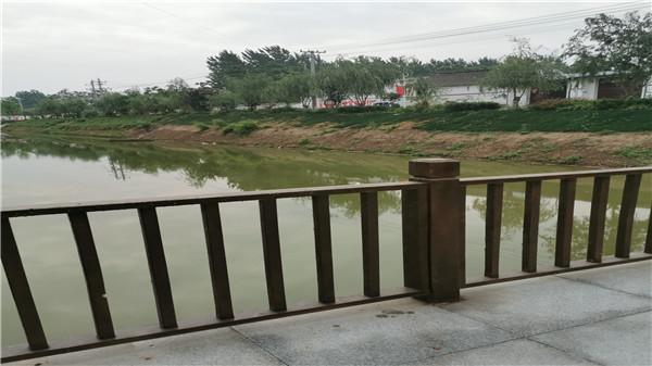 不锈钢护栏经常淋雨就一定会生锈吗?
